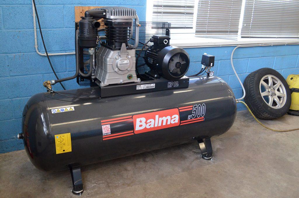 rehvivahetus-rehvirohk-ilves-motors-kompressor
